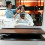 おひとり人様美容師、髪を切る